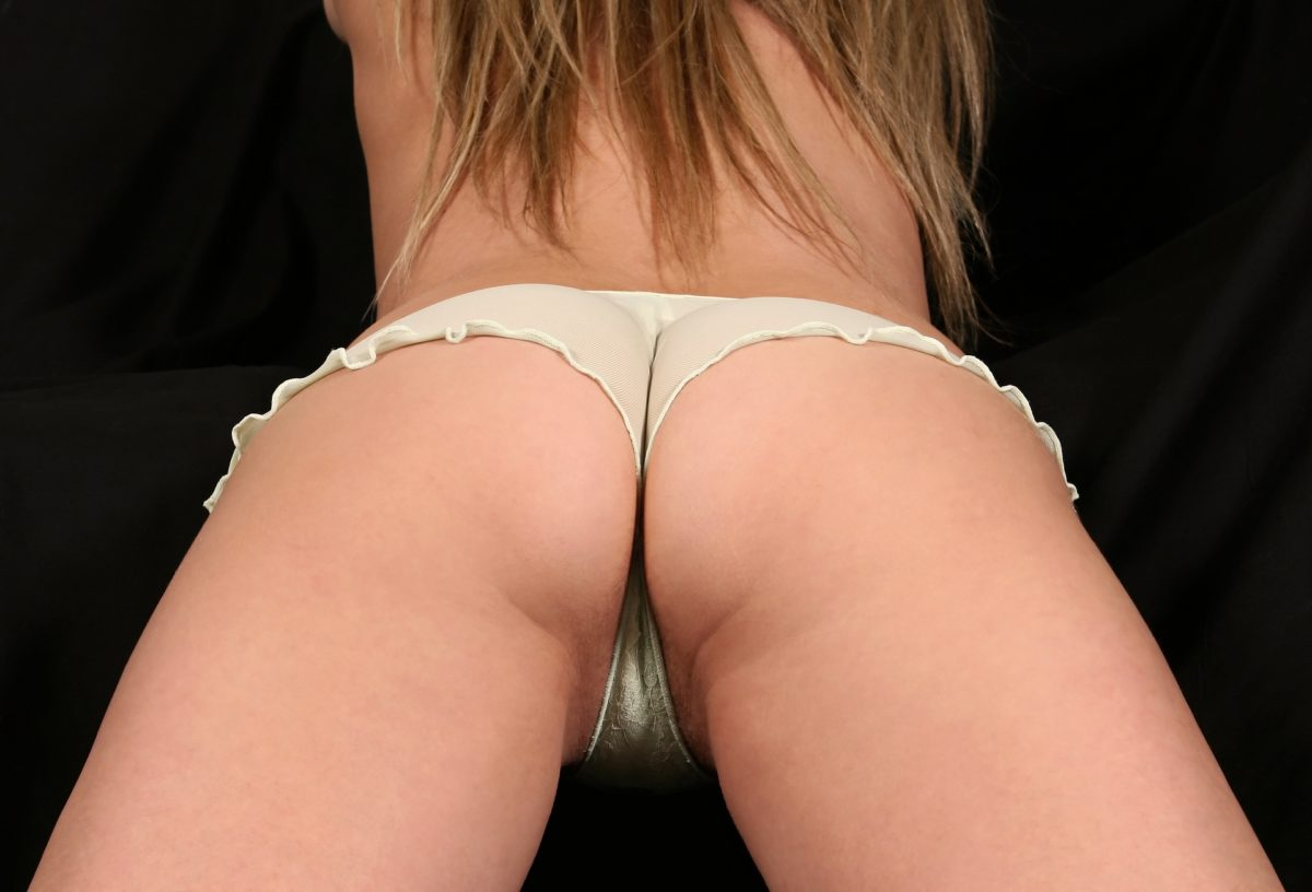 Brak aprobaty wyglądu warg sromowych są motywami konsultacji dam z ginekologiem lub chirurgiem plastycznym.